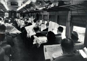 Ja nee vroeger was het echt CONTINU babbelen in de trein hoor!!